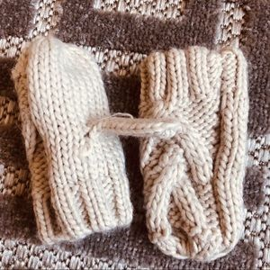 Zara Baby Cable Knit Mittens